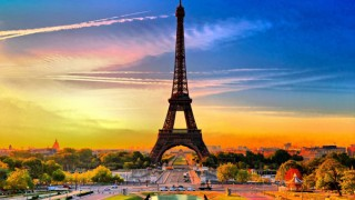 Portalul romanilor din Franta
